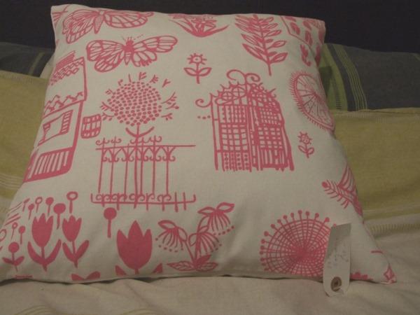 Cushion01 (6)