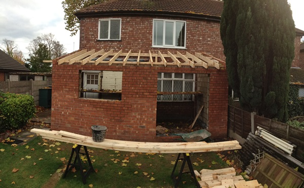 House Update: A Roof, More Rubble & A Delivery…