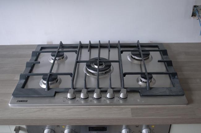 Kitchen Update: Oven, Hob & Extractor Fan