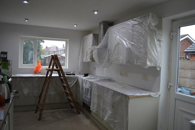 paint kitchen white 01