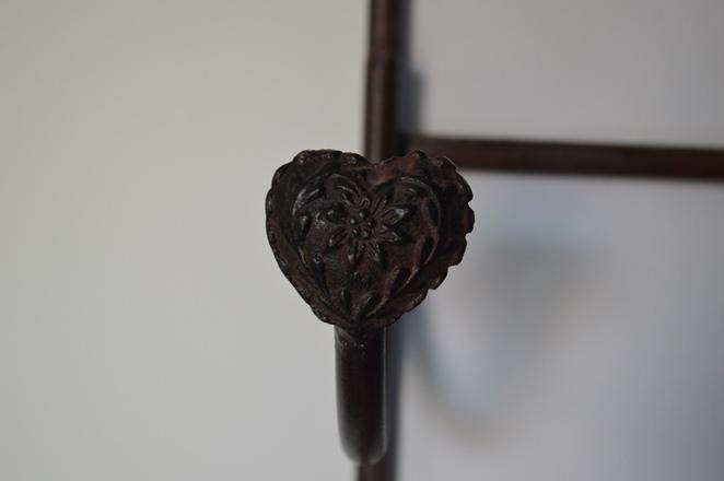 metal wine rack 02