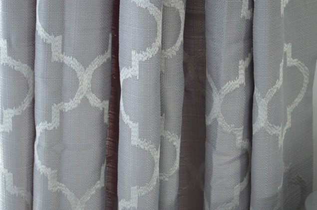 quatrefoil curtains 01
