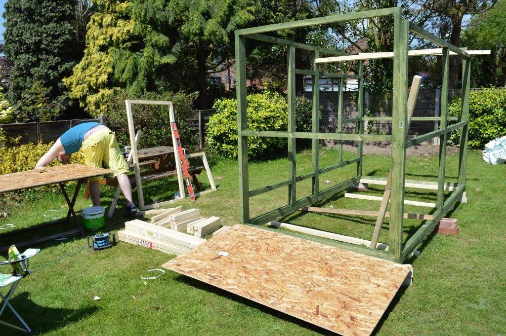 DIY ferret hutch 03