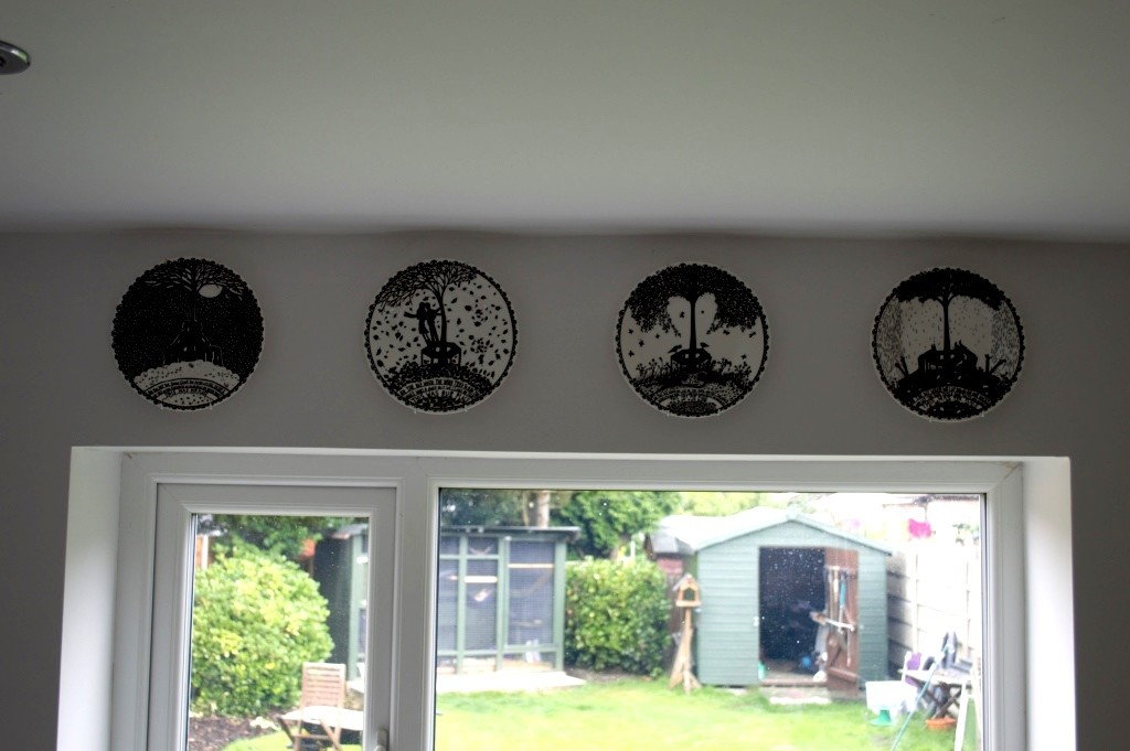 Rob Ryan hanging plates 03