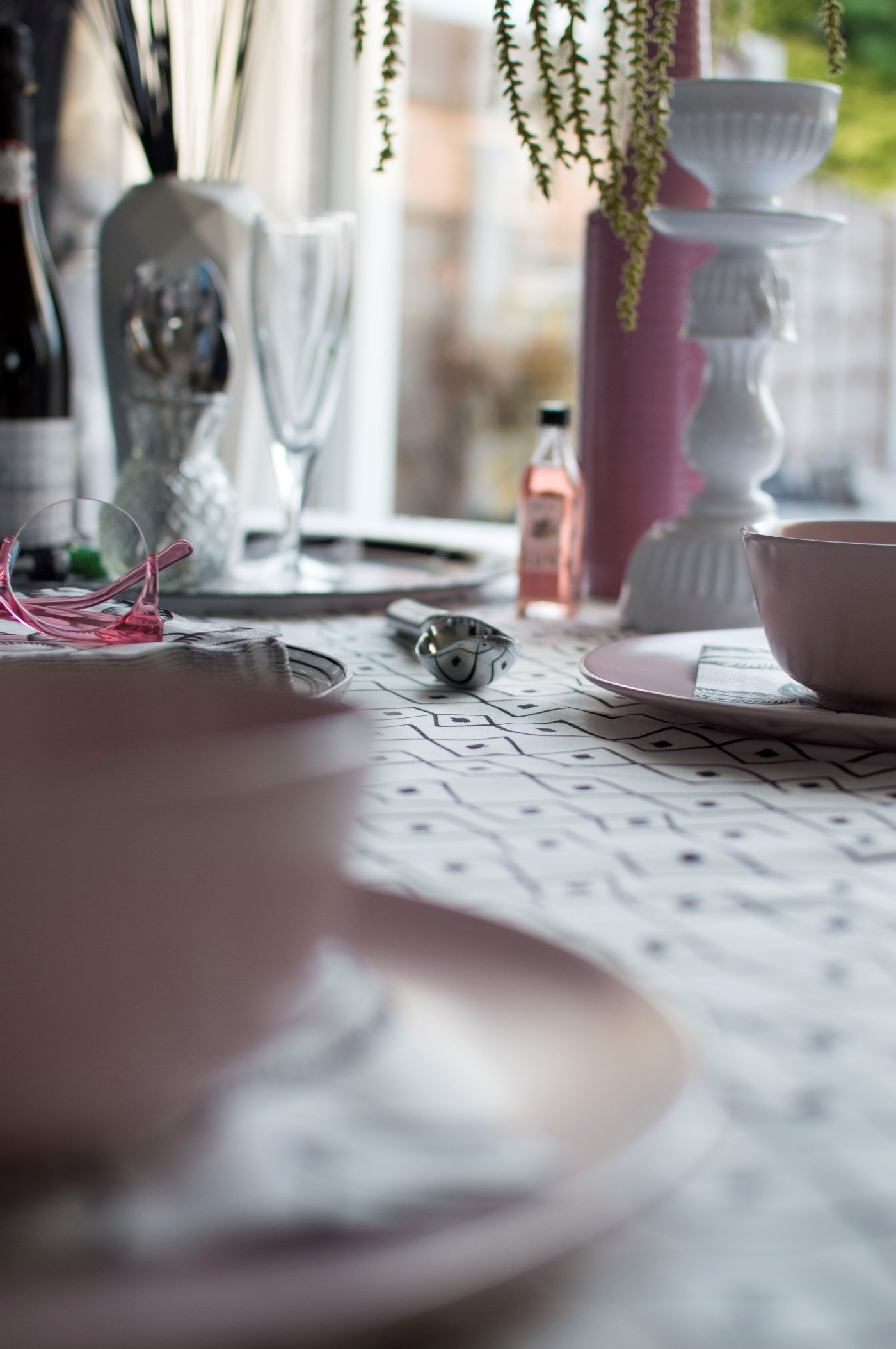 Monochrome dinner table