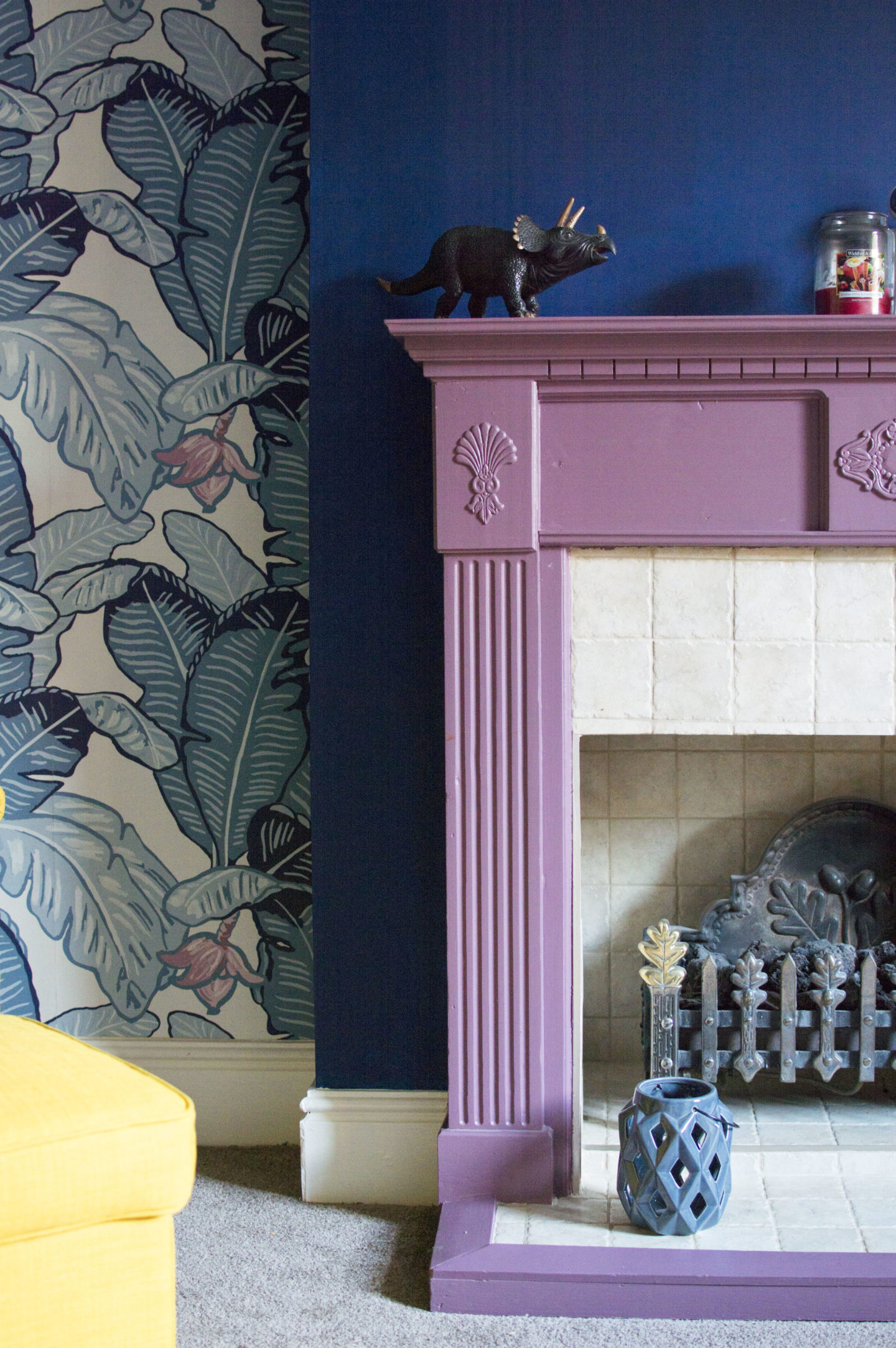 10 Colourful Fireplaces